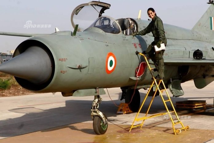 woman fighter pilots